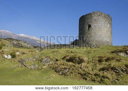 Dolbadarn Castle Keep, mountains in background, Llanberis, 13th century, Padarn lake