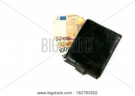 a small amount of euro cash are found in the leather wallet