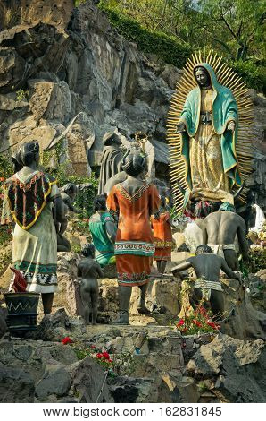 Monument La Ofrenda In Mexico City