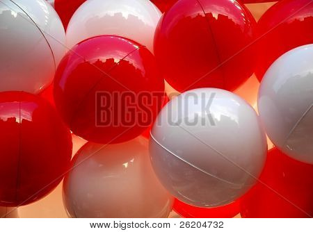 White and red balloons infront of a Pachinko Amusement in Tokyo