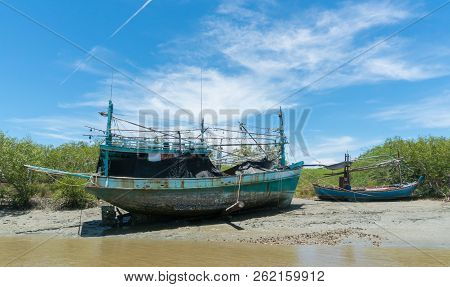 Khao Dang Canal Boat Trip At Prachuap Khiri Khan Thailand. Boat Or Fishing Boat With Blue Sky And Cl