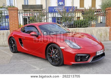Ales, France - September 9, 2018: Porsche Cayman Gts Sports Car On A Car Park In The City Of Ales In