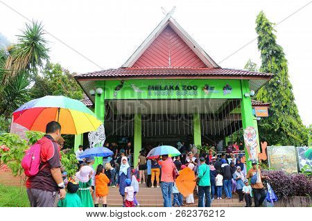 Ayer Keroh, Melaka, Malaysia : September 9,2018 - People At The Entrance Of Melaka Zoo. It Is The Se