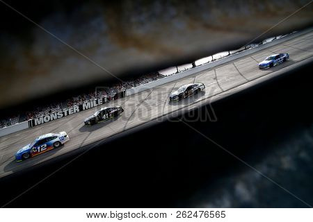October 07, 2018 - Dover, Delaware, USA: Kurt Busch (41) races during the Gander Outdoors 400 at Dover International Speedway in Dover, Delaware.
