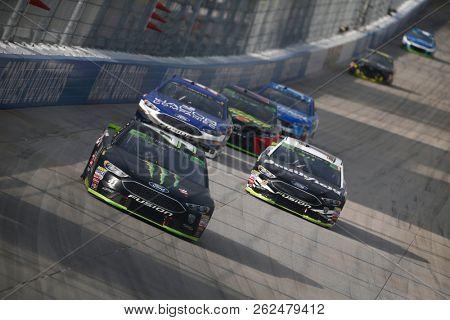 October 07, 2018 - Dover, Delaware, USA: Kurt Busch (41) battles for position during the Gander Outdoors 400 at Dover International Speedway in Dover, Delaware.
