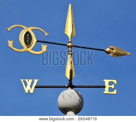 Golden wind vane