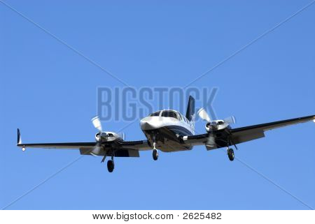 Twin Engine Plane