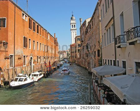 canal street at Venice