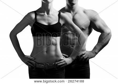 Mann und Frau in der Turnhalle