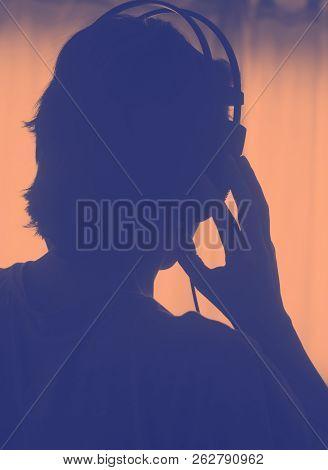 Female Dj Deejay Woman Headphones