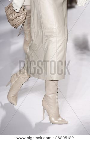 Elie Tahari Fall/winter 2011 Collection - Runway - New York Fashion Week