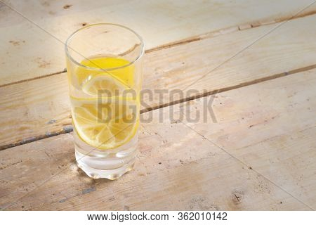 Cold Water With Lemonade To Lose Weight