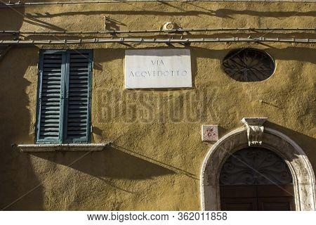 Perugia, Italy - December 10 2016: Sigpost Of The Famous Via Acquedotto In Perugia, Italy