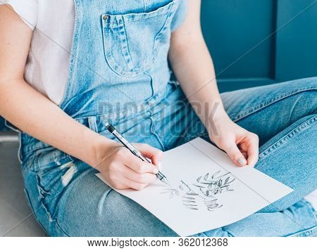 Creative Leisure. Inspiration Imagination Talent. Female Artist Sketching Plants Sitting On Floor.
