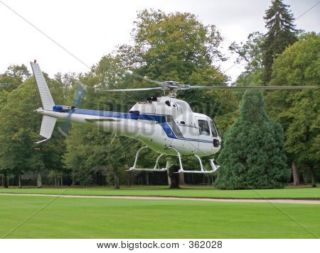 White Helicopter