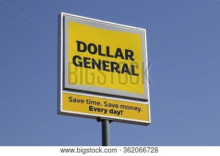 Indianapolis - Circa April 2020: Dollar General Retail Location. Dollar General Is A Small Box Disco