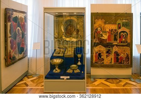 Murom, Russia - August 24, 2019:  Exposition Of Ancient Icons And Wooden Sculptures Of Saints In The