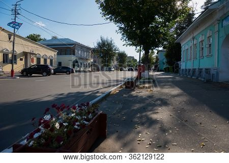 Murom, Russia - August 24, 2019:  View Of Moscow Street In The City Center On A Summer Day