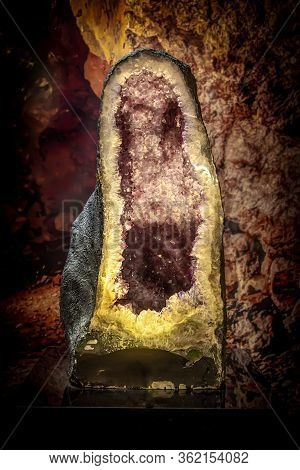 Natural Amethyst Gem, Purple Amethyst Crystals , An Amethyst Geode, Crystals Grew  Inside The Rock