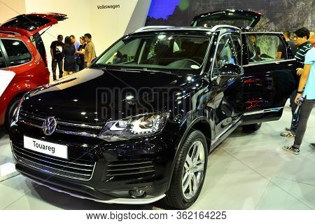 Pasay, Ph - Apr 1- Volkswagen Touareg At Manila International Auto Show On April 1, 2017 In Pasay, P