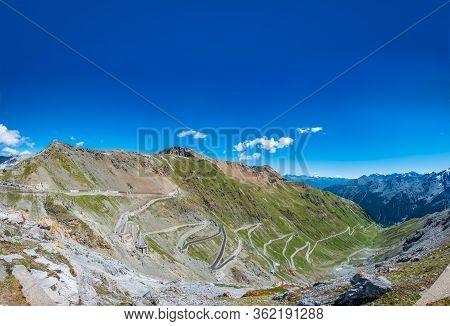Stelvio Mountain Top Ascending Kilometers With U-shape Curves