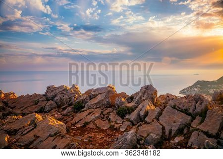 Unusual colorful clouds illuminated by the beams of the sun. Scenic image of textured sky. Ecology concept - climate change. Epic sky in summer weather. Spectacular wallpaper. Beauty of earth.