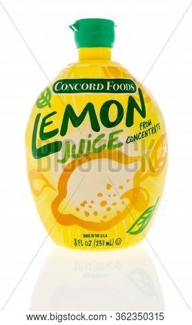 Winneconne,  Wi - 17 April 2020:  A Package Of Concord Foods Lemon Juice On An Isolated Background.