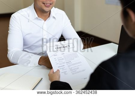 Employer or HR department is reading the resume and interviewing the ability of new employees, Emplo