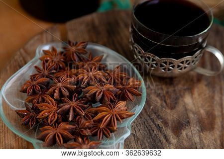 Anise Star . Aniseed Thigh Latin Pimpin Lla An Sum , Is An Annual Herbaceous Plant, Plant, Fruit.