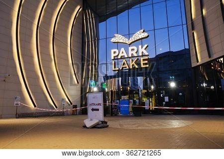Bucharest, Romania - April 18, 2020: Parklake Shopping Center Main Entrance On A Saturday Evening, C