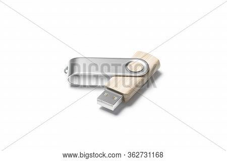 Blank Wood Opened Usb Stick With Silver Cap Mockup, 3d Rendering. Empty Memo Pendrive For Computer C