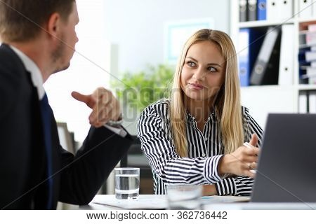 Manager Forms Certain Corporate Culture. Assistance To Entrepreneur In Preparation Accounting Report