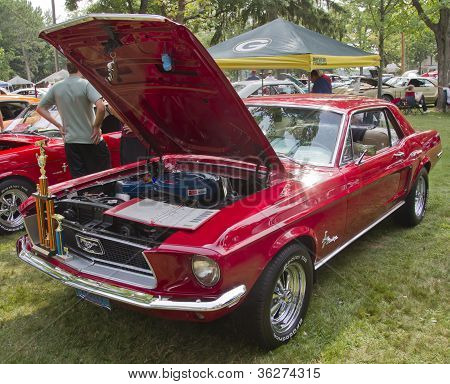 1968 Ford Mustang Red