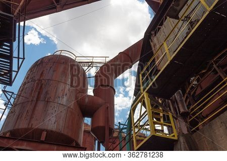 Sloss Furnaces National Historic Landmark, Birmingham Alabama Usa, A Variety Of Industrial Structure