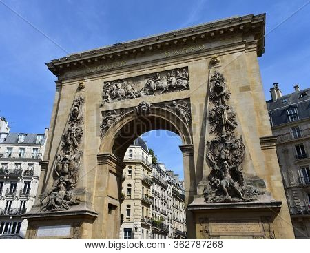 Porte Saint-denis. Paris, France. Text:louis The Great Less Then 60 Days Crossed The Rhine,waal,meus