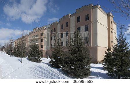 Richmond Hill, Ontario, Canada - 02/10/2011: Long-term Care For Seniors - Mon Sheong Richmond Hill L