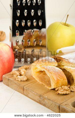 Apple Cake Apfelstrudel