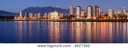 Downtown Vancouver Panorama (dusk)