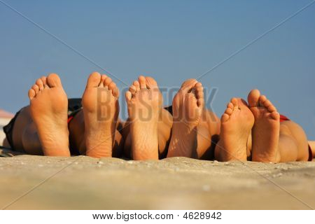 Barefoots