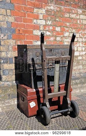 Retro luggage at Bridgnorth railway station.
