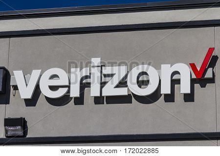 Indianapolis - Circa February 2017: Verizon Wireless Retail Location. Verizon Is One Of The Largest