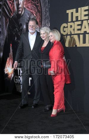 LOS ANGELES - FEB 15:  Taylor Hackford, Helen Mirren, Mayes C Rubio at