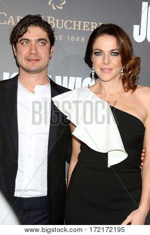 LOS ANGELES - JAN 30:  Riccardo Scamarcio, Valeria Golino at the
