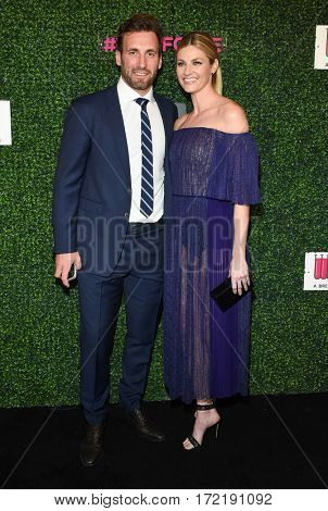 LOS ANGELES - FEB 16:  Jarret Stoll and Erin Andrews arrives for the An Unforgettable Evening on February 16, 2017 in Beverly Hills, CA