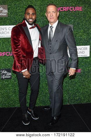 LOS ANGELES - FEB 16:  Jason Derulo and Tom Hanks arrives for the An Unforgettable Evening on February 16, 2017 in Beverly Hills, CA