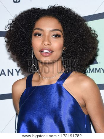 LOS ANGELES - FEB 09:  Yara Shahidi arrives for the ESSENCE 8th Annual Black Women In Music on February 9, 2017 in Hollywood, CA