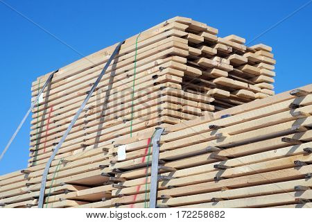 wood stack construction planks lumbers raw material