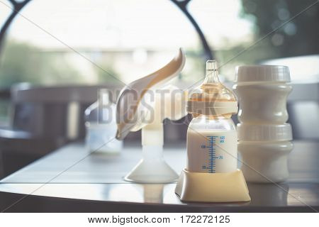 Manual breast pump, mothers breast milk is the most healthy food for newborn baby