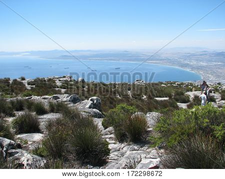 VIEW FROM TABLE MOUNTAIN, CAPE TOWN SOUTH AFRICA 13jyt