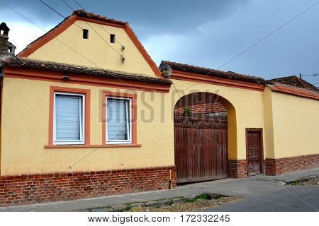 Typical houses in the village Vulcan (German: Wolkendorf) is a commune in Brasov County in the centre of Romania, 16 km west of the county capital Brasov